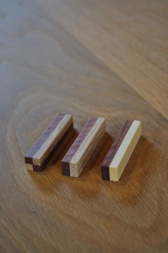 端材の寄木箸置き