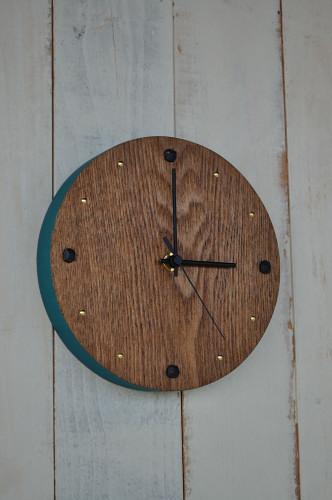 丸型の壁掛け時計