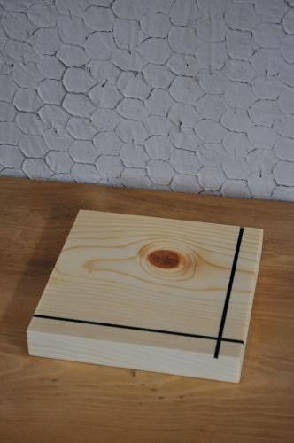 シンプルなデザインの鍋敷き