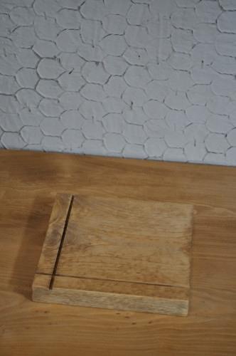 木製の鍋敷き