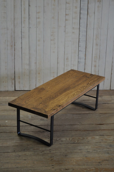 IRON LOW TABLE verROUGH
